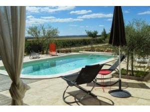 Zuhause GARRIGUES SAINTE EULALIE Provence Romaine