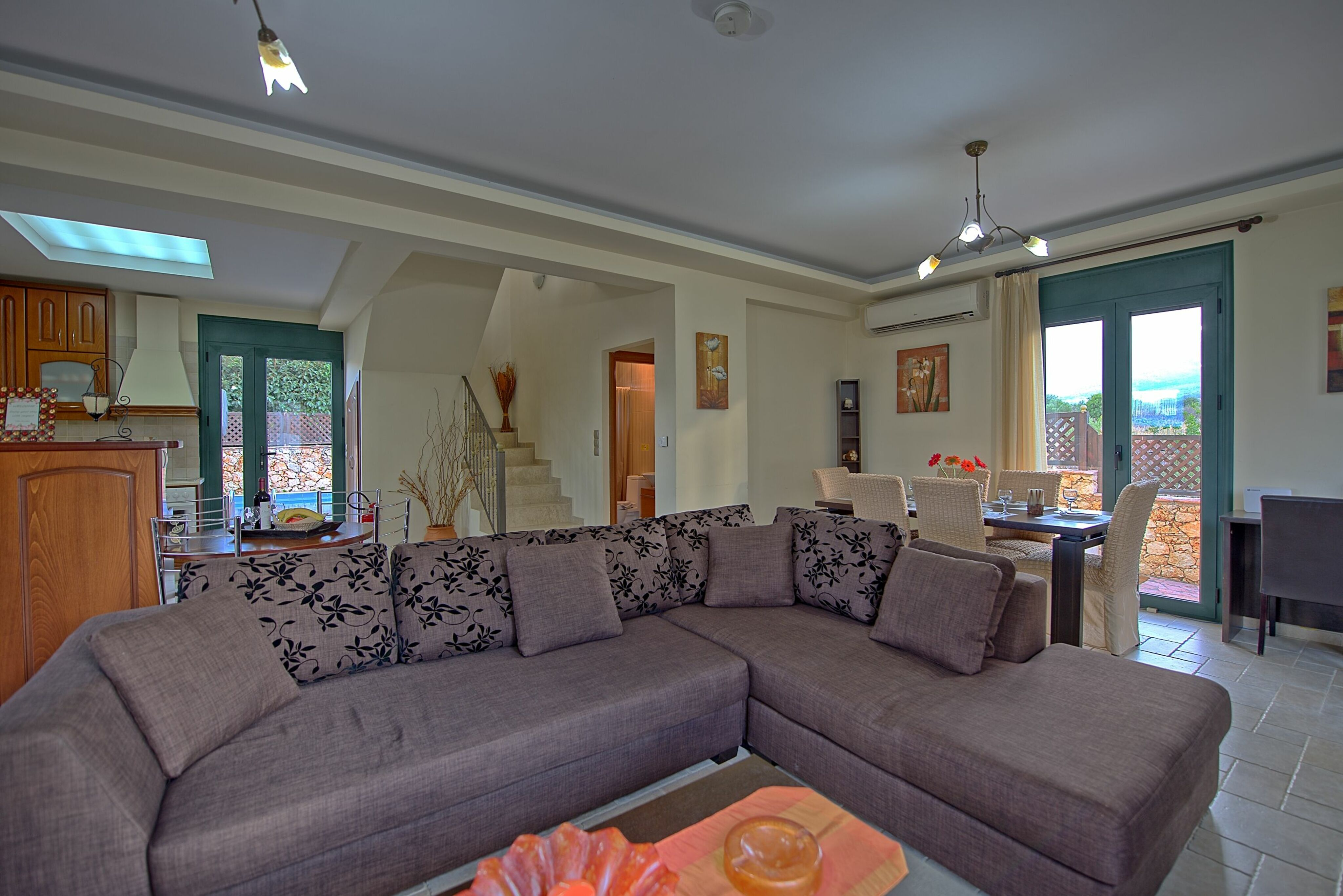 Villa Koules :