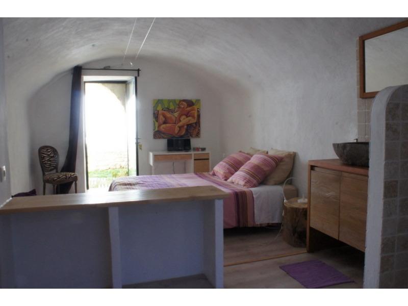 Zuhause SAINT-PONS-LA-CALM